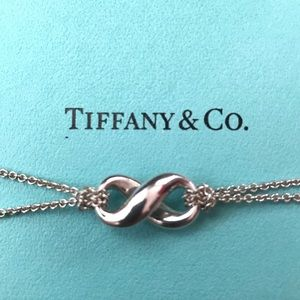 Tiffany & Co 925 Silver Infinity Figure 8 Necklace